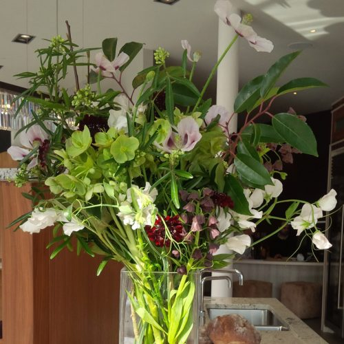 contract-flower-display-by-blue-lavender-london-florist-10