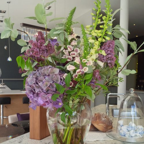 Contract flower display by Blue Lavender London florist