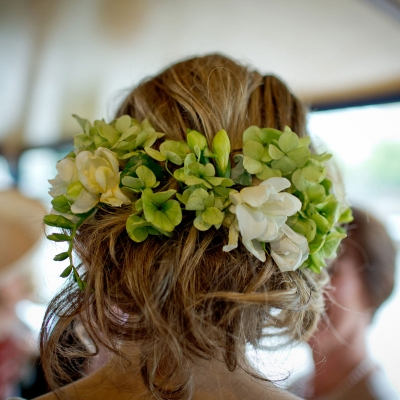 Bridal hair flowers by Blue Lavender London florist