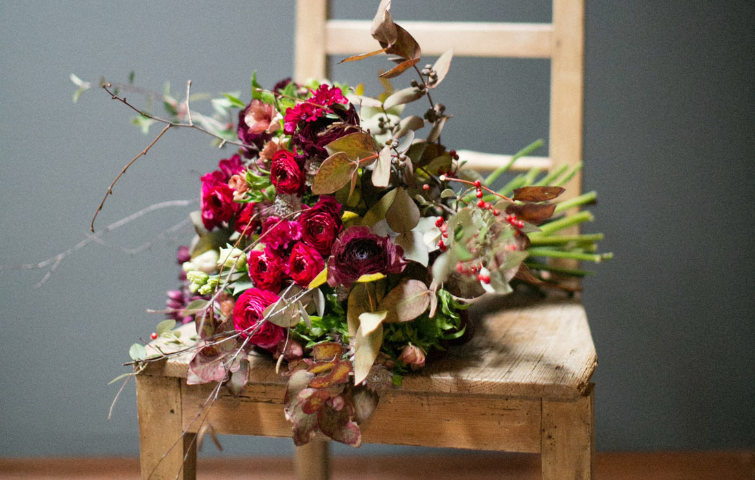 Red Christmas bouquet by Blue Lavender London florist
