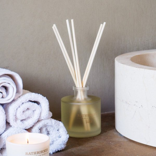 Rathbornes Room Diffuser in Cedar