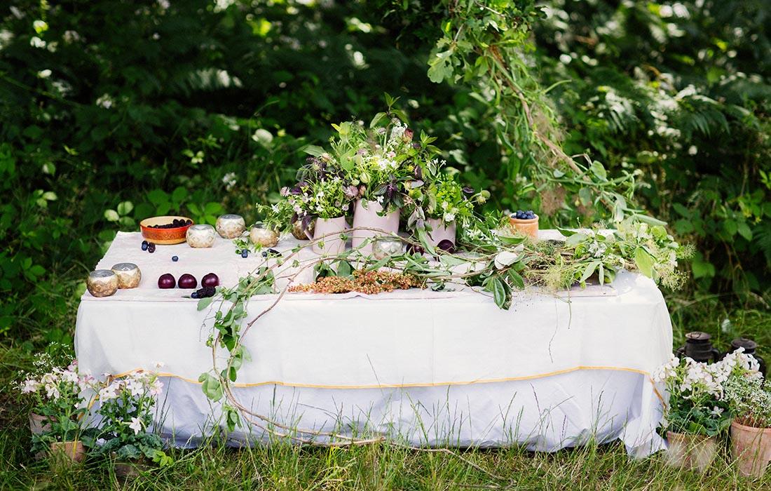 Summer  table arrangement by Blue Lavender London Florist